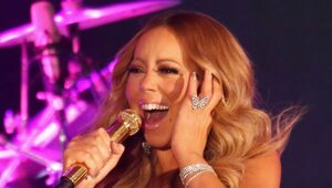 Thumbnail for Mariah Carey's Voice, Legs Insured For $70 Million