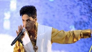 Thumbnail for Prince's Alleged Love Child May Stand to Inherit His Entire Fortune