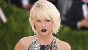 Thumbnail for Taylor Swift Makes $1 Million Donation To Louisiana Flood Relief Effort