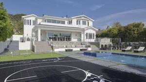 Thumbnail for DeAndre Jordan Sells Insane Mansion For $11.75 Million