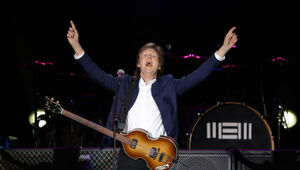 Thumbnail for Paul McCartney Sues Sony Over Ownership Of Beatles Catalog
