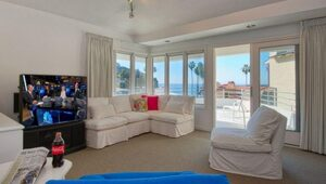 Thumbnail for Warren Buffett's Laguna Beach Vacation Home Is For Sale