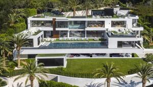 Thumbnail for This $250 Million Mansion Is The Most Expensive Home In America