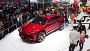 Thumbnail for Lamborghini Unveils Its First 4-Door Crossover SUV Since The 80s, The Urus