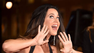 Thumbnail for Katy Perry Lands $25 Million Deal To Be Lead Judge On 'American Idol'