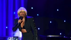 Thumbnail for Mary J. Blige Ordered To Pay Insane Amount Of Spousal Support