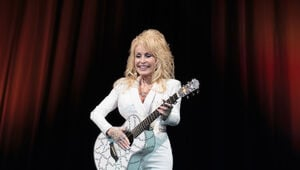 Thumbnail for Why Dolly Parton Donated $1M To A Tennessee Children's Hospital