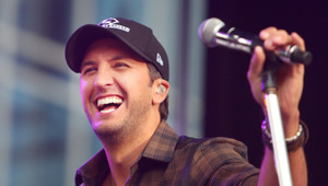 Thumbnail for Luke Bryan Made A Ton Of Money In The Last Year