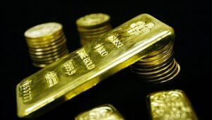 Thumbnail for Gold Industry Titans Say We're Running Out Of Gold