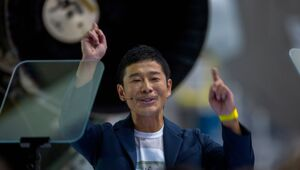 Thumbnail for SpaceX Announces First Private Moon Tourist: Japanese Billionaire Yusaku Maezawa