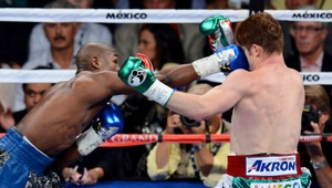 Thumbnail for Floyd Mayweather Had A Hilarious And Brutal Reaction To Canelo Alvarez's $365 Million Contract