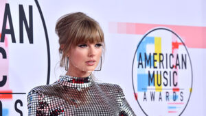 Thumbnail for Taylor Swift Just Signed A Massive New Contract That Helps Other Musicians