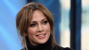 Thumbnail for Jennifer Lopez Made $3 Million For A 20 Minute Performance In Qatar