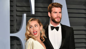 Thumbnail for Liam Hemsworth And Miley Cyrus Are Among Those To Lose Their Homes In California Wildfire