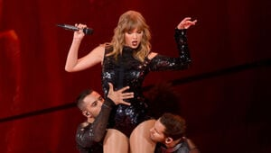 Thumbnail for Taylor Swift's Reputation Stadium Tour Is The Biggest Grossing Tour In US History
