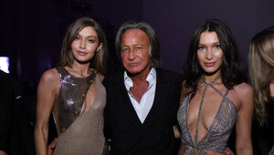 Thumbnail for Mohamed Hadid Allegedly Bribed City Inspectors And Falsified Reports Related To Unfinished Mega Mansion His Construction Manager Calls Unsafe
