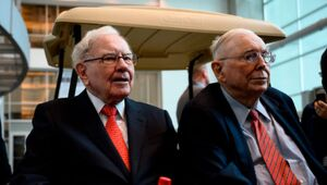 Thumbnail for Warren Buffet Had A Direct Hand In Making His Right Hand Man, Charlie Munger, A Billionaire