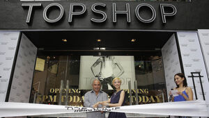 Thumbnail for TOPSHOP Billionaire Philip Green Sheds $3 Billion From Net Worth, Amid British Retail Apocalypse