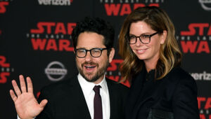 Thumbnail for JJ Abrams REJECTS $500 Million Apple Deal For $250 Warner Deal…Why?