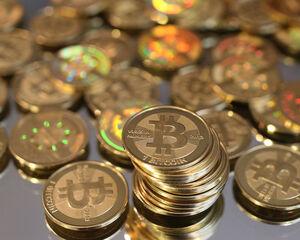 hány bitcoinja van satoshi nakamoto nak xtb bináris lehetőség