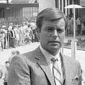 Robert Wagner Net Worth