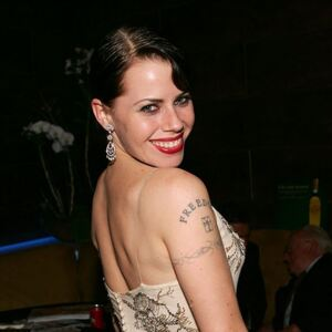Fairuza Balk Net Worth