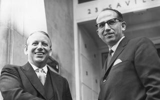 How Two Doctors Saved A Generation From Polio Then Forfeited BILLIONS In Royalties… For The Good Of Humanity