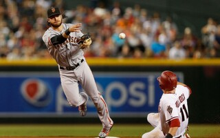 Giants Sign Shortstop Brandon Crawford To Six-Year, $75 Million Extension