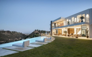 L.A. Reid's Newest Hit Is An $18 Million Mansion