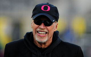 Phil And Penny Knight Pledge HUGE Donation To The University Of Oregon For New Science Campus