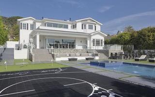 DeAndre Jordan Sells Insane Mansion For $11.75 Million
