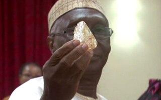 Huge 706-Carat Diamond Unearthed In Sierra Leone
