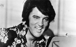 Elvis Had A Fascinating Habit Involving Cadillacs