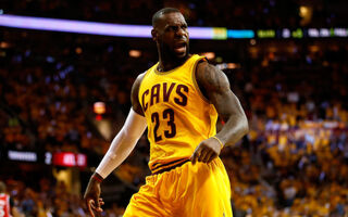 LeBron James Doesn't Want Endorsement Deals From Public Companies… And It's A BRILLIANT Business Move