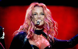 Court Documents Show Britney Spears Made $16 Million In 2016 And SPENT $11 Million On Random Stuff