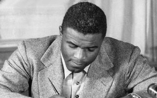 Jackie Robinson's 1947 MLB Contract Going Up for Auction