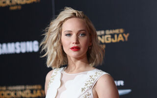 9 Celebrities Who Live Below Their Means