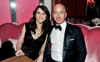 Inside The Marriage Of Jeff and MacKenzie Bezos