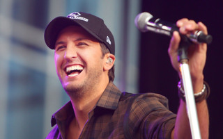 Luke Bryan Made A Ton Of Money In The Last Year