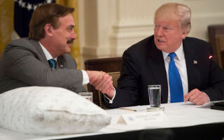 The Insanely Inspiring Story Behind My Pillow Founder Mike Lindell – From Crackhead To Billion Dollar Pillow Tycoon