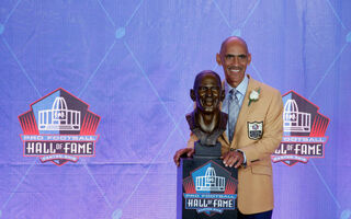 Former NFL Coach Tony Dungy Says There's One Main Reason Why Athletes Hold Out
