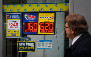$345 Million Powerball Winner Picked His Numbers From A Fortune Cookie