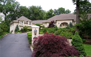 """Tony Soprano's House Is Up For Sale With A """"Starting Price"""" Of $3.4 Million"""