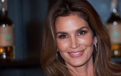 Cindy Crawford Announces Retirement From Modeling... Then Takes It Back!
