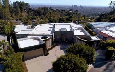 Ellen DeGeneres Lists Beverly Hills Home For Nearly $18 Million