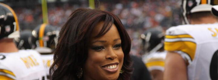 Pam Oliver Net Worth
