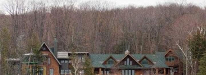 Michael Moore's House: Lakeside Mansion Worth $2 Million
