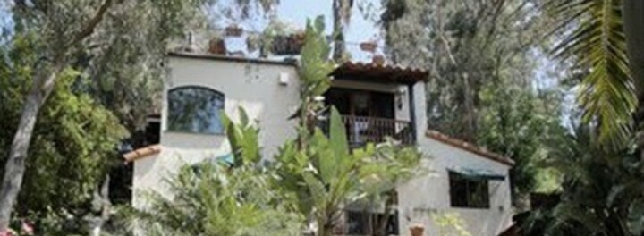 """Demi Lovato's Home:  The Newest """"X Factor"""" Judge's $2.25 Million Gift to Her Family"""