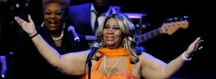 Aretha Franklin Spends Just 20 Minutes At $40k-A-Plate Fundraiser