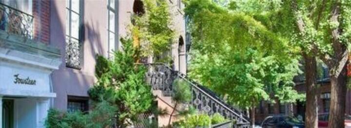 Robert De Niro's House:  The Brilliant New York Actor Sells a Brilliant New York House